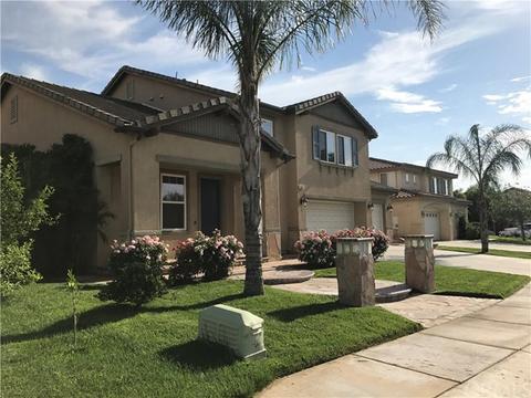 1685 Jade Moon Ln, Beaumont, CA 92223