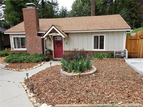 2572 Catalina Dr, Running Springs Area, CA 92382
