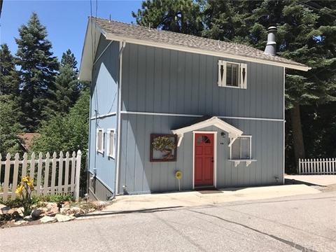 776 Lords Ln, Lake Arrowhead, CA 92352
