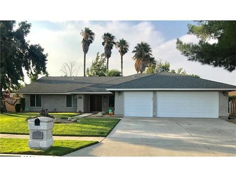 1062 W Banyon St, Rialto, CA 92377