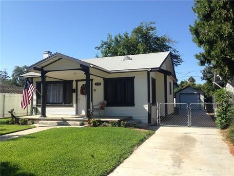 4190 Highland Pl, Riverside, CA 92506