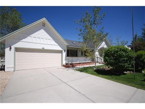 366 Pine Ln, Big Bear City, CA 92314