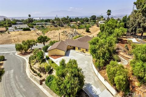 23106 Glendora Dr, Grand Terrace, CA 92313