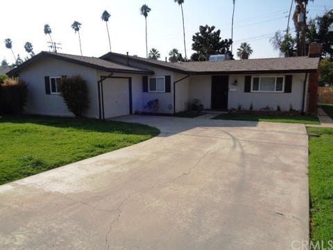 8 Dale Ln, Redlands, CA 92373