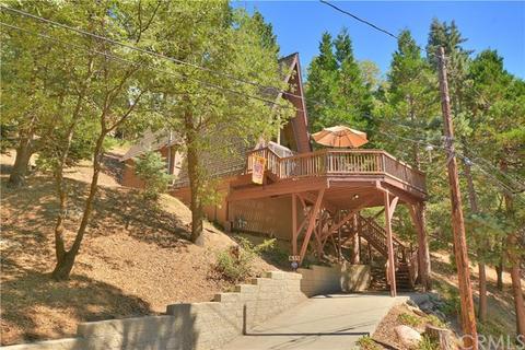 835 Pine Trl, Twin Peaks, CA 92391