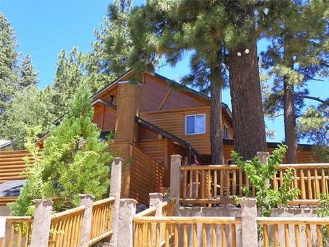 708 Circle Ln, Big Bear Lake, CA 92315