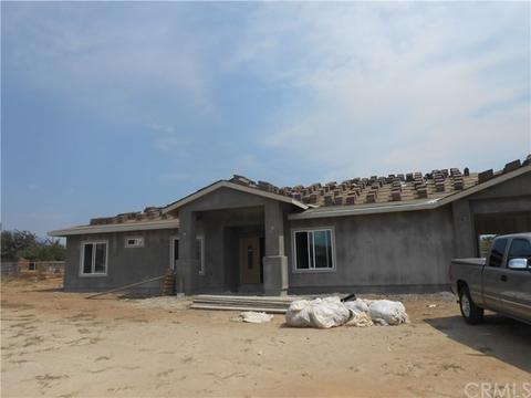 10318 Vinewood Cir, Cherry Valley, CA 92223
