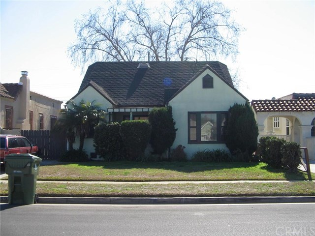 2124 W 84th Place, Los Angeles, CA 90047
