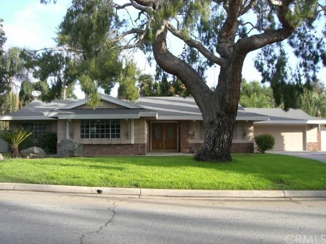 2319 Deerhorn Dr, Riverside, CA 92506