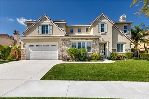 8430 Sunset Rose Dr, Corona, CA 92883