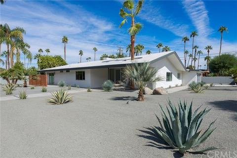 1166 S Sagebrush Rd, Palm Springs, CA 92264