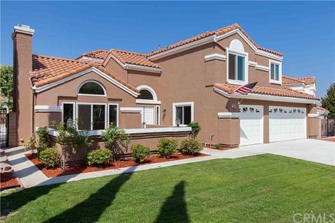3048 Canyon Vista Dr, Colton, CA 92324