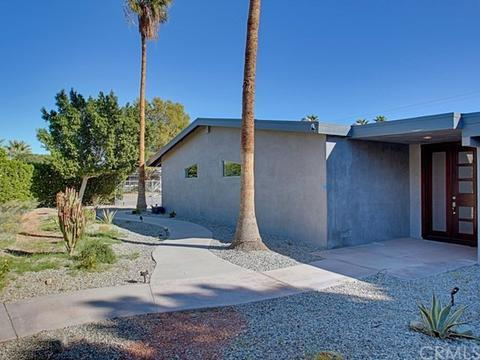 2111 E Wayne Rd, Palm Springs, CA 92262