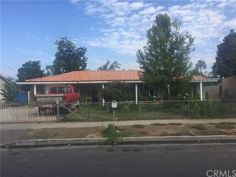 8681 Hoffman Ave, Riverside, CA 92504