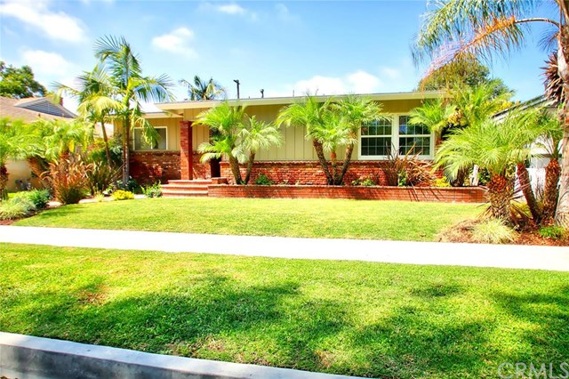 2709 Iroquois Avenue, Long Beach, CA 90815