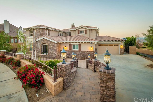 1159 Maravilla Circle, Corona, CA 92881