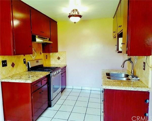 4109 W 5th St #V1, Santa Ana, CA 92703