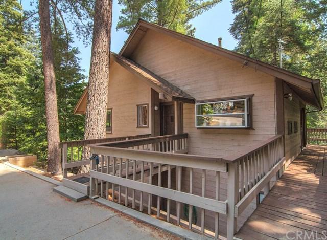 823 Ivy Ln, Lake Arrowhead, CA 92352
