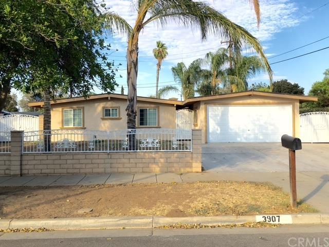 3907 Royce St, Riverside, CA 92503