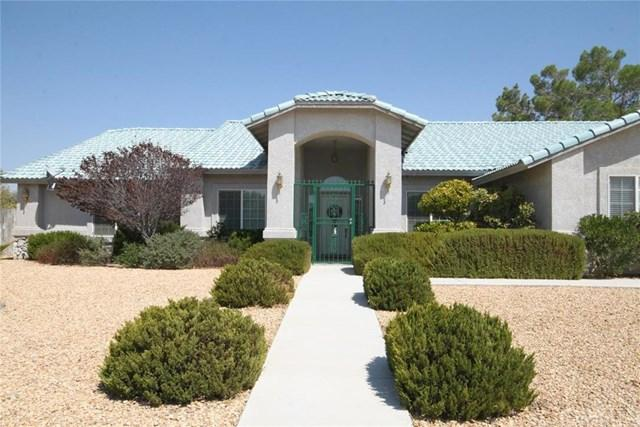 12704 Yorkshire Dr, Apple Valley, CA 92308