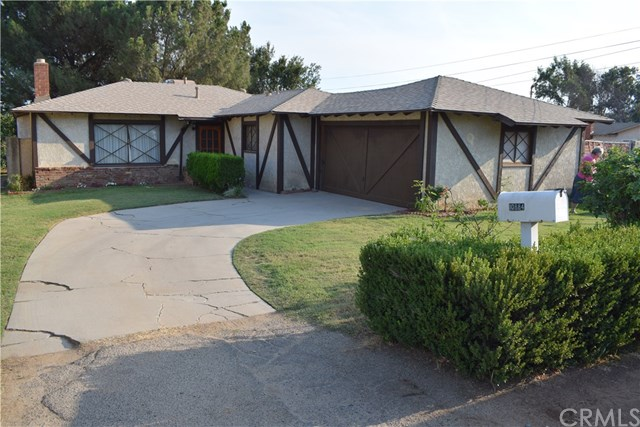 10884 Cypress Avenue, Riverside, CA 92505