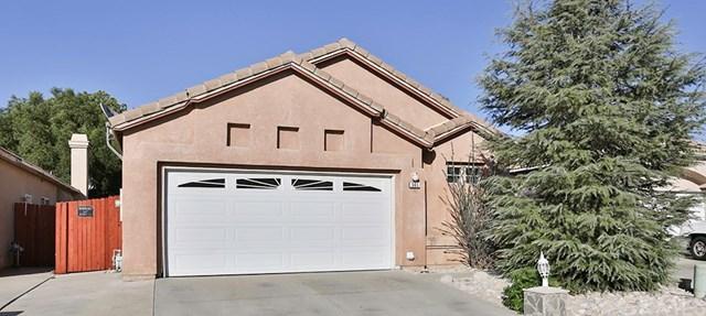 565 Berkshire Ln, San Jacinto, CA 92583