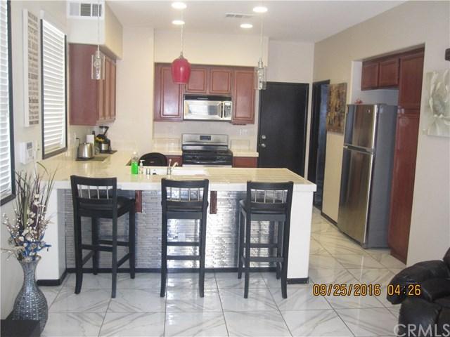 1662 Green Hills Place, Perris, CA 92571