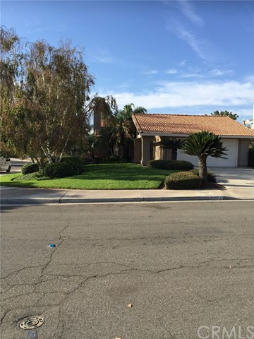 8445 Eastbrook Ct, Riverside, CA 92504
