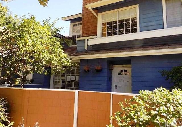 18713 Hatteras St #11, Tarzana, CA 91356