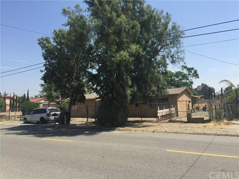 8967 Redwood Ave, Fontana, CA 92335