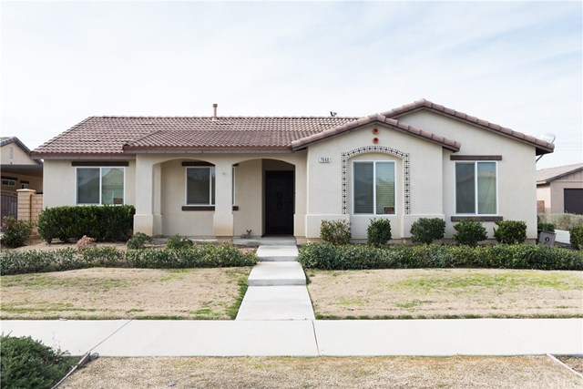 7660 Bella Terra Avenue, Highland, CA 92346