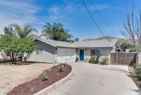 2359 Temescal Ave, Norco, CA 92860