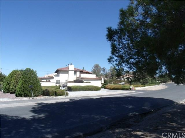 19950 Eyota Rd, Apple Valley, CA 92308
