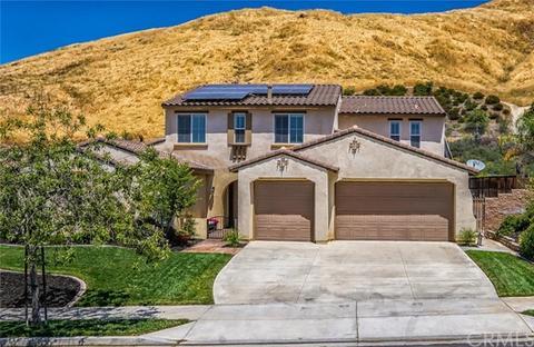 33264 Gold Mountain Rd, Yucaipa, CA 92399