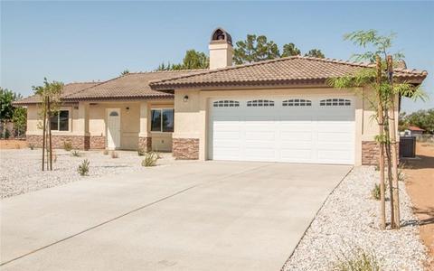 14776 Tonikan Rd, Apple Valley, CA 92307