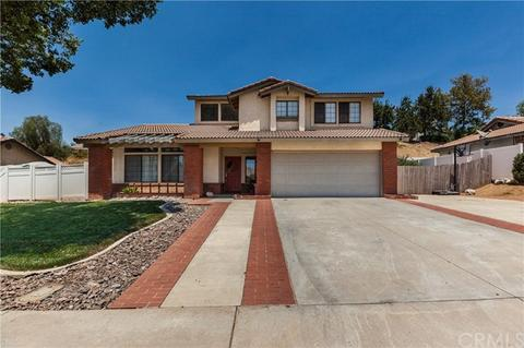 25606 San Thomas St, Moreno Valley, CA 92557