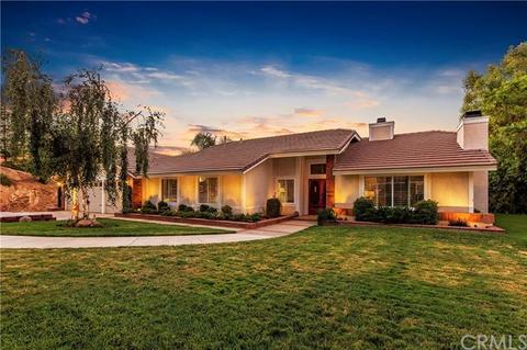 17194 Seven Springs Way, Riverside, CA 92504