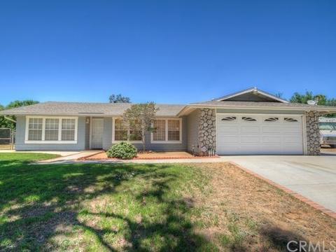 4627 Brookhill Ter, Riverside, CA 92509