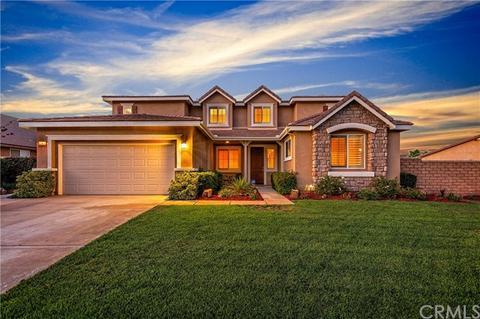12826 Granite Pass Rd, Riverside, CA 92503