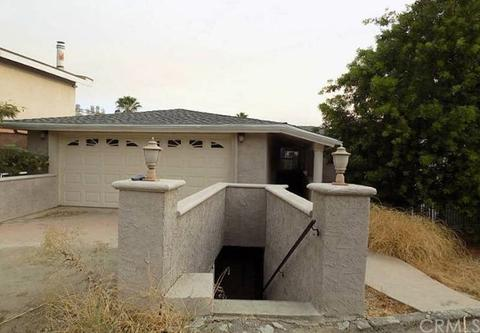 21521 Arcos Dr, Woodland Hills, CA 91364