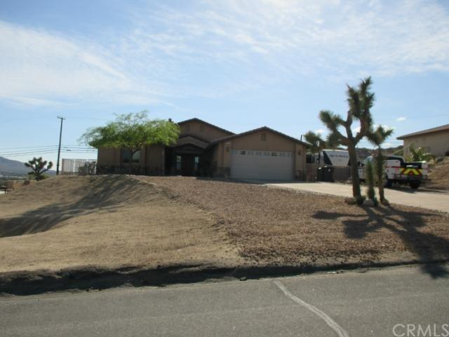 6500 Red Bluff Ave, Yucca Valley, CA 92284