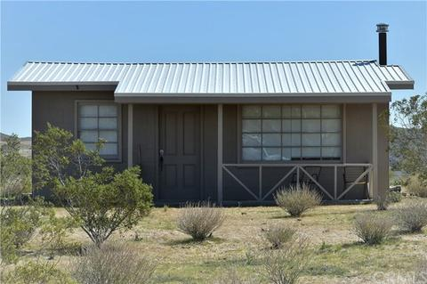 989 Hilton Ave, Yucca Valley, CA 92284