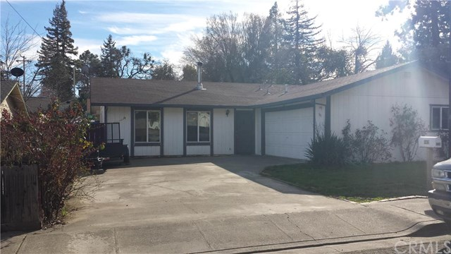 543 6th St, Lakeport, CA 95453