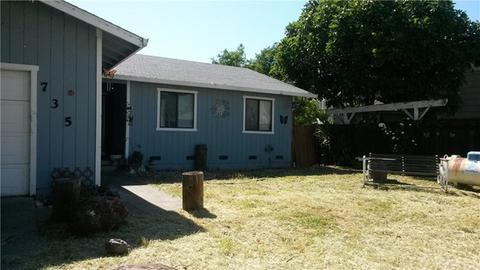 735 Bass Ln, Clearlake Oaks, CA 95423