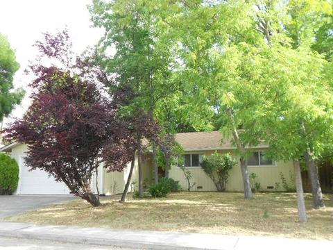 682 19th St, Lakeport, CA 95453