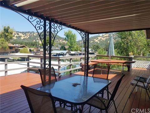 557 Spinnaker Ct, Clearlake Oaks, CA 95423