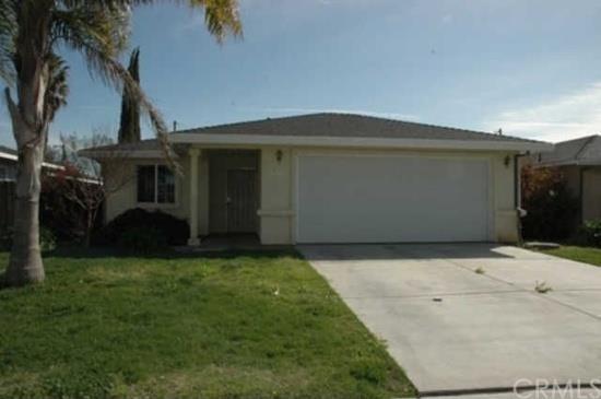 2236 Beachwood Dr, Merced, CA 95348
