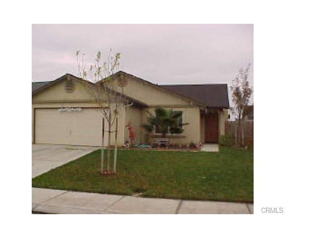 630 Suzanne Ct, Merced, CA 95341