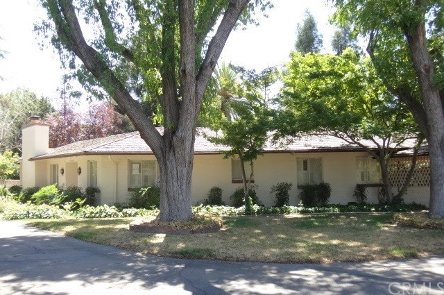 5560 Columbia Drive, Fresno, CA 93727