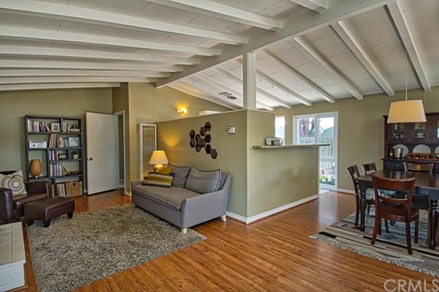 1954 Fullerton Avenue, Costa Mesa, CA 92627
